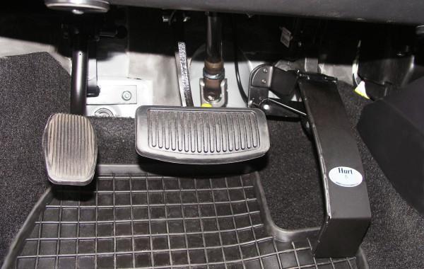Педаль газа под левую ногу